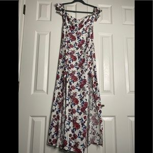 Forever 21 Maxi Dress Perfect for spring/ summer!